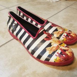 Cougar striped floral rain shoes sz 9 EUC
